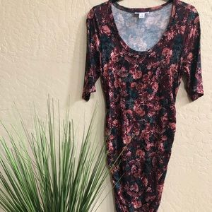 Motherhood Maternity floral fitted dress